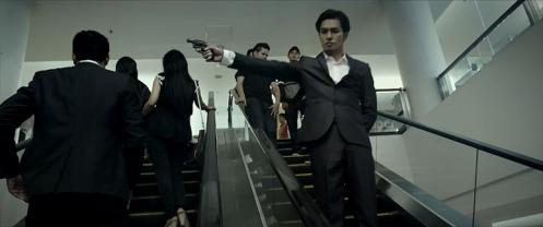 Adegan di trailer yang tidak muncul di bioskop Indonesia